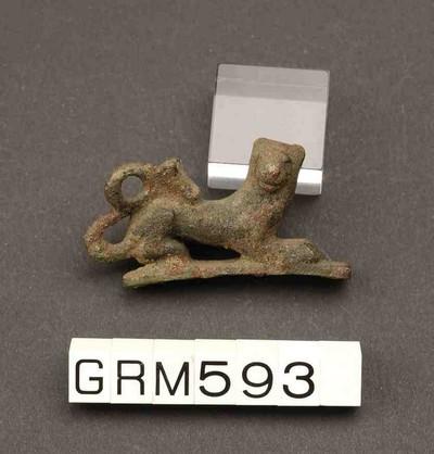 Volledige figurine van een leeuw in brons