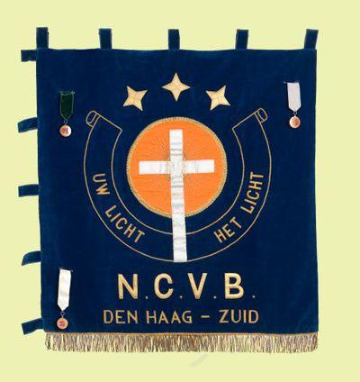 Vaandel. 'Uw licht. Het licht' en 'N.C.V.B Den Haag - Zuid'