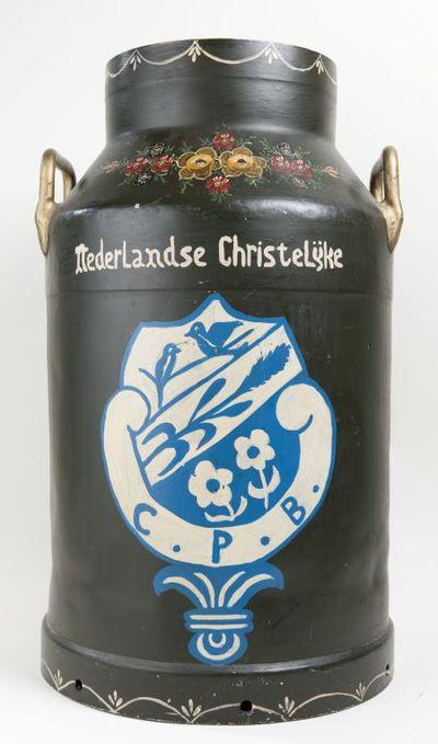 Melkbus. 'Nederlandse Christelijke Plattelandsvrouwen Bond'.