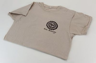 Beige T-shirt. 'Dyke University'