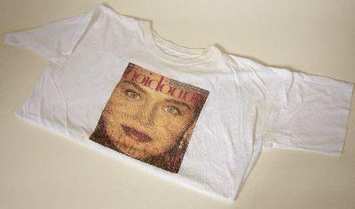T-shirt. 'noidone'