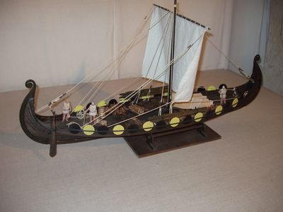 Maquette de bateau viking