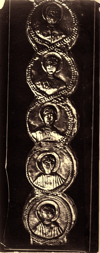 Ravenna, Museo Arcivescovile, Croce di Agnello, particolare