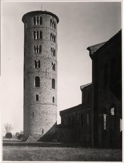 Ravenna, il campanile della Basilica di Sant'Apollinare in Classe