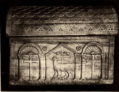 Ravenna, Mausoleo di Galla Placidia, Cosiddetto sarcofago di Onorio