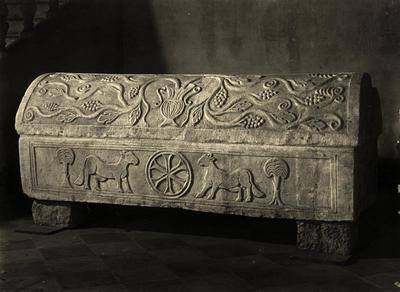 Pesaro, Museo Diocesano, Sarcofago di san Decenzio