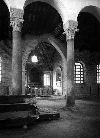 Ravenna, Basilica di San Giovanni Evangelista, Veduta della cappella trecentesca