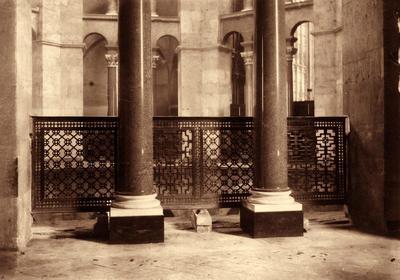 Ravenna, Basilica di San Vitale, Veduta del matroneo dopo la rimozione della balaustra marmorea