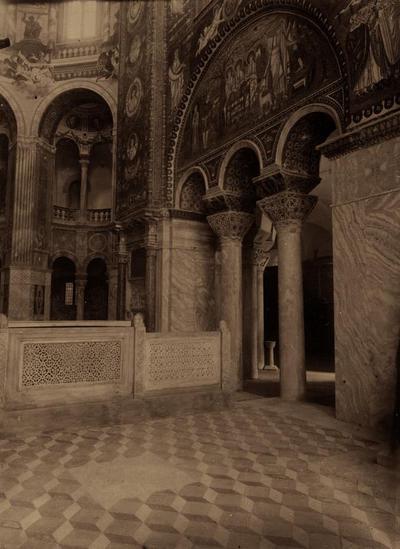 Ravenna, Basilica di San Vitale, Area presbiteriale prima della rimozione delle transenne marmoree