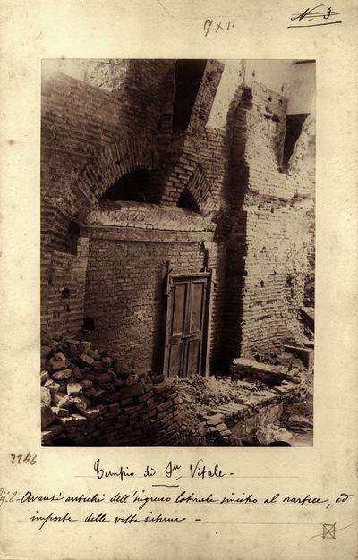Ravenna, Basilica di San Vitale, Particolare di uno degli ingressi antichi