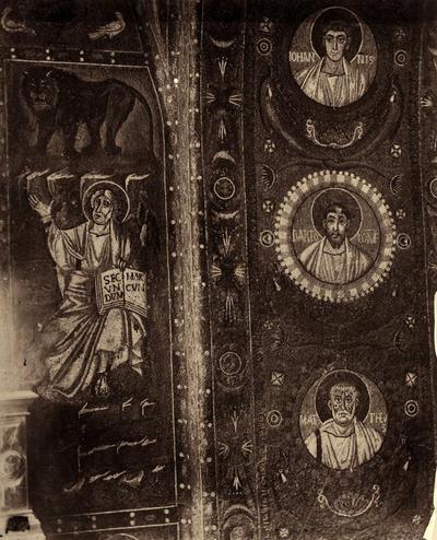 Ravenna, Basilica di San Vitale, San Marco Evangelista e gli apostoli nell'intradosso dell'arco del presbiterio