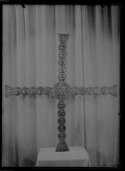 Ravenna, Museo Arcivescovile, Croce di Agnello