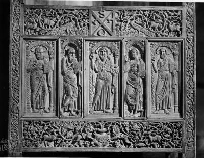 Ravenna, Museo Arcivescovile, Cattedra di Massimiano