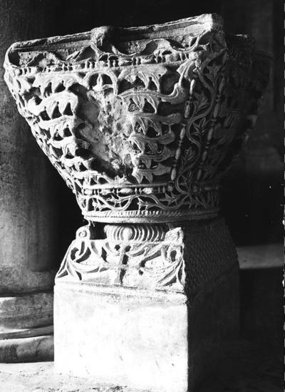 Abbazia di Pomposa (Ferrara), Museo, Capitello imposta