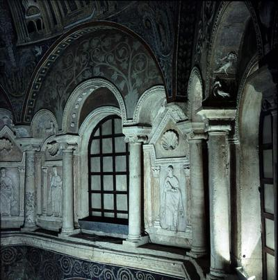 Ravenna, Battistero Neoniano, Profeti