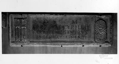 Ravenna, Museo Arcivescovile, Fronte del sarcofago di Cirilla Arrenia