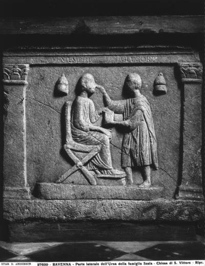 Ravenna, Museo Nazionale, Sarcofago della famiglia Sosia, fianco sinistro