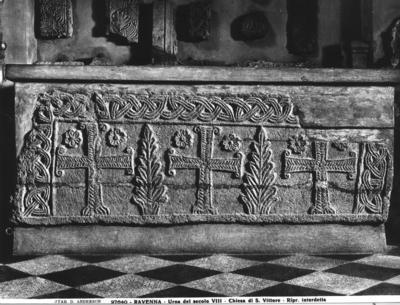 Ravenna, Museo Nazionale, Sarcofago di San Vittore
