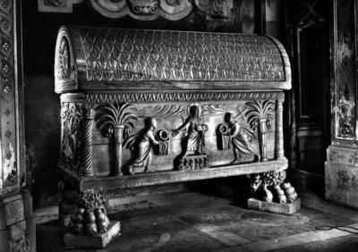 Ravenna, Duomo, Sarcofago del beato Rinaldo