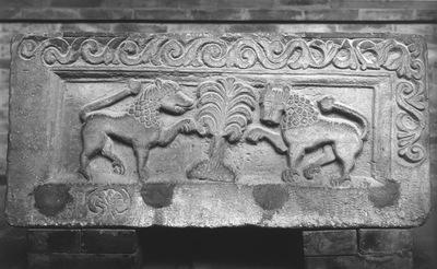 Ravenna, Museo Nazionale, Sarcofago con leoni