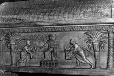 Ravenna, Duomo, Sarcofago del beato Rinaldo, particolare