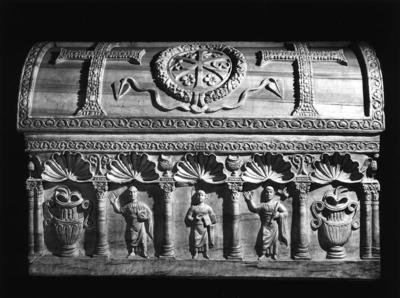 Ravenna, Duomo, Sarcofago di San Barbaziano, fronte