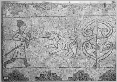 Ravenna, Basilica di San Giovanni Evangelista, Guerriero contro una belva