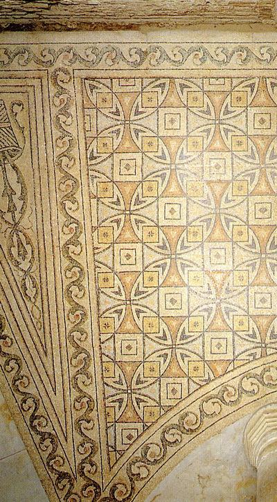 Ravenna, Basilica di San Vitale, Pavimento musivo dell'ambulacro, particolare