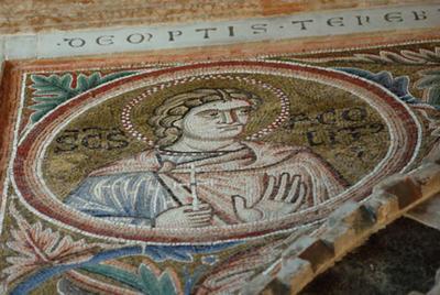 Parenzo, Basilica Eufrasiana, Ciborio, Sant'Accolito