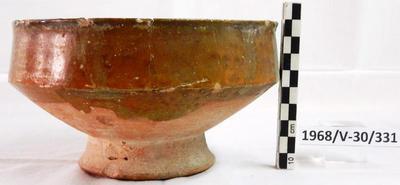 Cyprus Medieval Museum: Bowl (ΜΜ214, 1968/V-30/331)