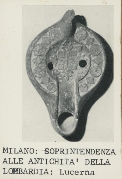 Milano: Soprintendenza alle Antichità della Lombardia: Lucerna