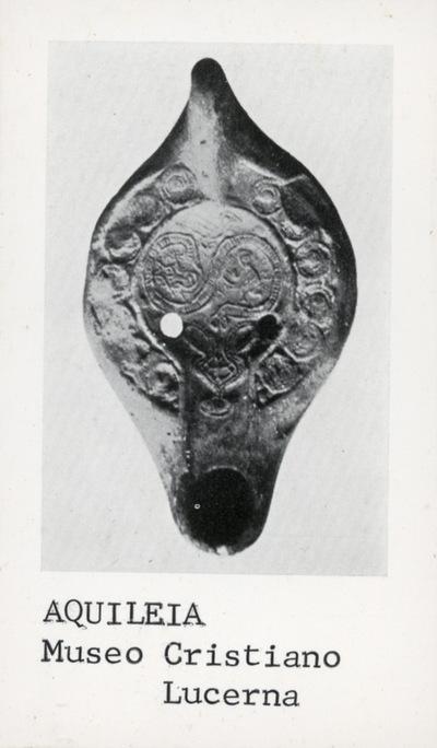 Aquileia - Museo Cristiano: lucerna
