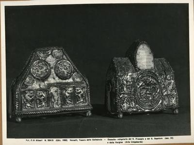 Vercelli, Tesoro della Cattedrale- Cassette- reliquiario del San Presepio e del San Sepolcro (sec. XI) e della Vergine (Arte Longobarda)