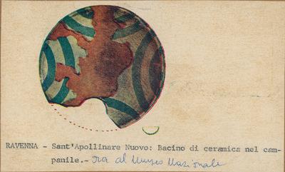 Ravenna- Sant'Apollinare Nuovo: Bacino di ceramica nel campanile