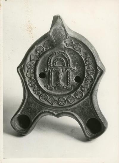 Bologna: Museo Civico Archeologico. Lucerna