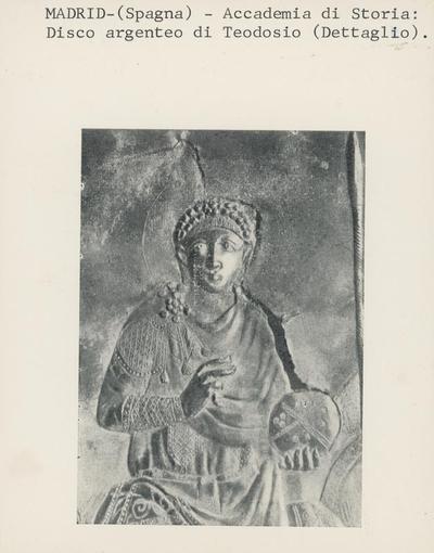 Madrid (Spagna)- Accademia di Storia. disco argenteo di Teodosio (dettaglio).