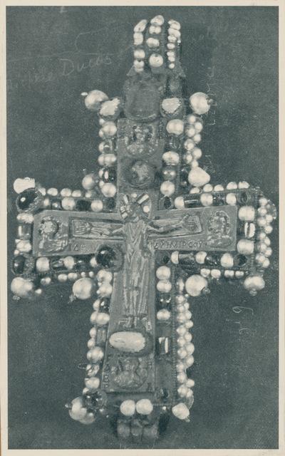 Tbilisi (URSS). Museo. Croce pettorale di Martvili