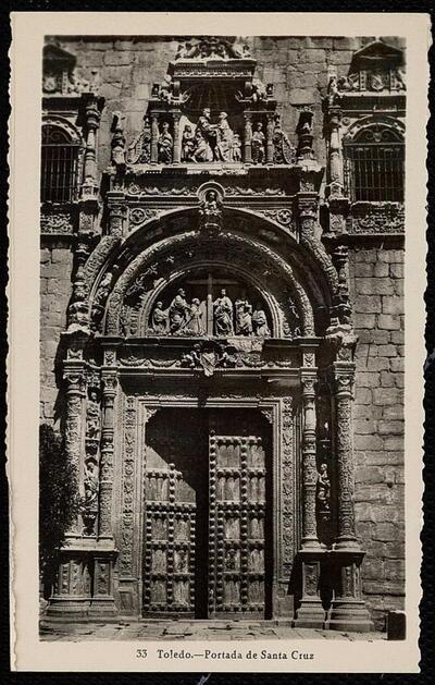 Toledo : Portada de Santa Cruz.-.