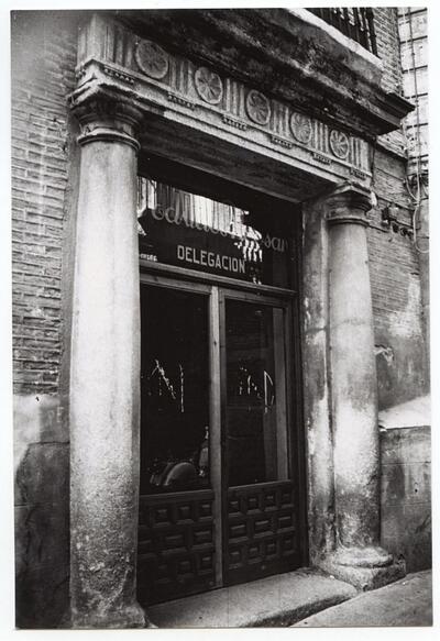Portada de la calle de la Sillería, núm. 10.-.