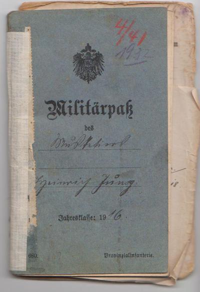 Militärpass und Foto von Johann Sänger