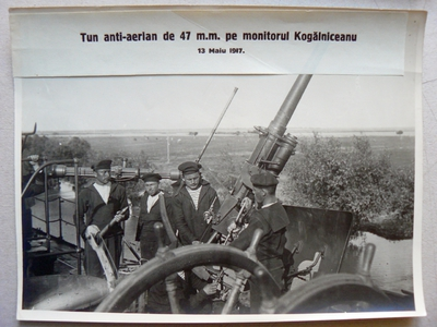 Tun anti-aerian de 47 mm