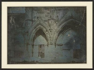 [Portrail d'église gothique] : [photographie] / Non identifié