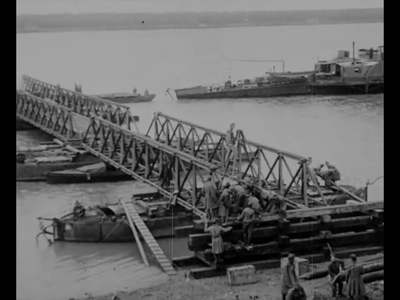 Paso de las tropas de MacKensen sobre el Danubio [Obra audiovisual].