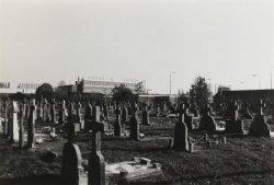 Het kerkhof van de voormalige Paterskerk in de Molenstraat.
