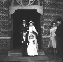 Bruidspaar Van den Hoogen-Van Es.