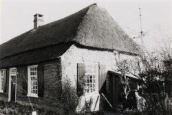 Langgevelboerderij. Gebouwd in midden 19e eeuw. Verbouwing ca. 1900.