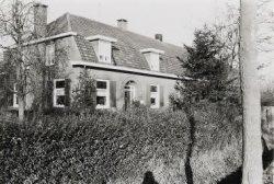 Mattheushoeve. Langgevelboerderij. Gebouwd in ca. 1935.