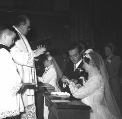 Bruidspaar Van Hoogen en Van Es.