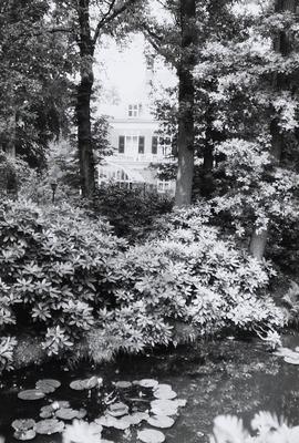De Laak. Woonhuis; Villa. Gebouwd in ca. 1915. Architect: J. W. Hanrath.