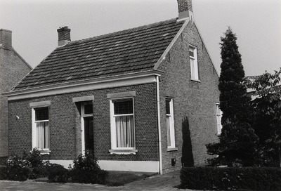 Woonhuis. Gebouwd in 1919.